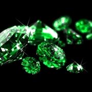 emerald ngọc lục bảo