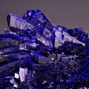 đá azurit (azurite)