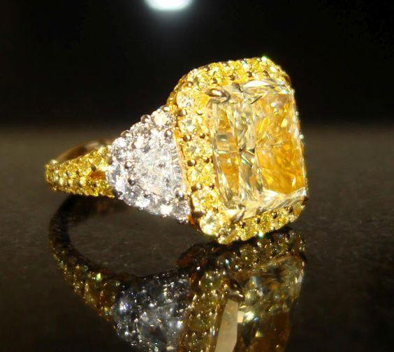 kim cương vàng