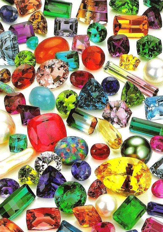 phân loại màu sắc đá quý