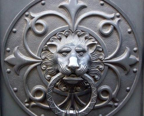Sư tử phong thủy