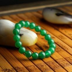 vòng tay phong thủy đá mã não xanh