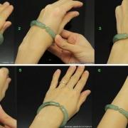 cách đeo vòng cẩm thạch