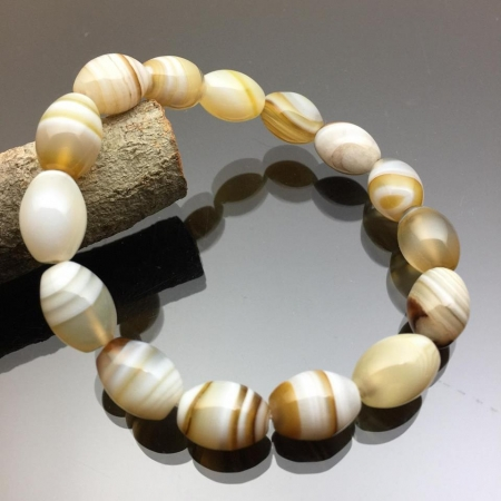 Vòng tay đá mã não Botswana Agate hình lu thống trắng 10mm