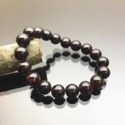 Vòng tay phong thủy ngọc hồng lựu 10mm