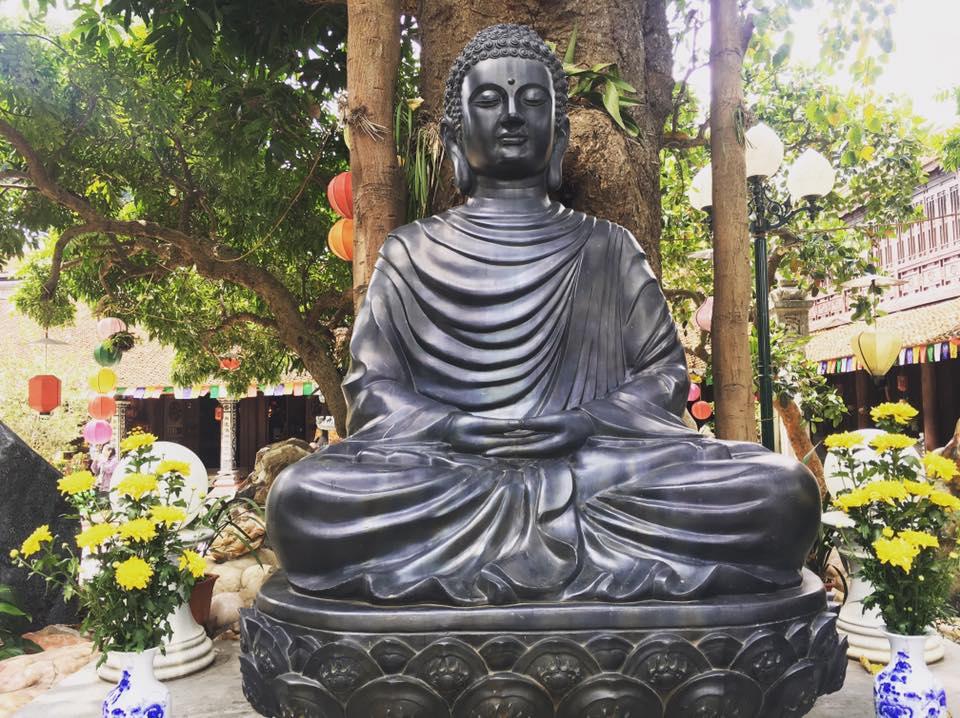 Một số điều nên làm vào tháng Phật Đản